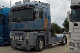 Camion (bleu)
