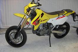 Suzuki 400 DR-Z SM